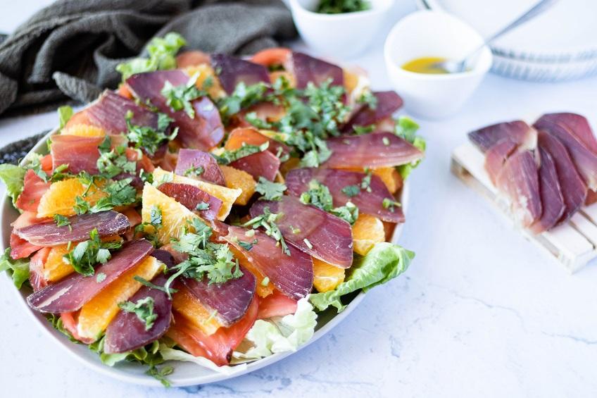 Salada de Muxama de Atum com Vinagrete de Laranja