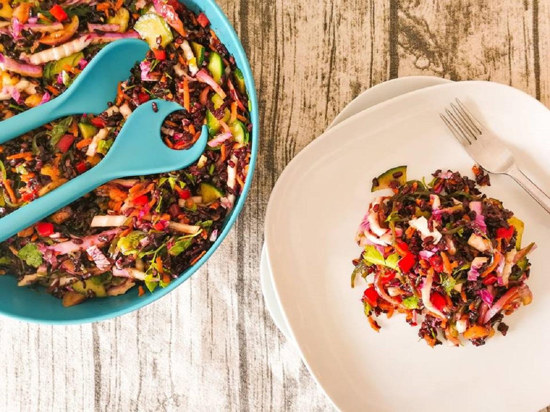 Receita de Salada Fria de Arroz Negro