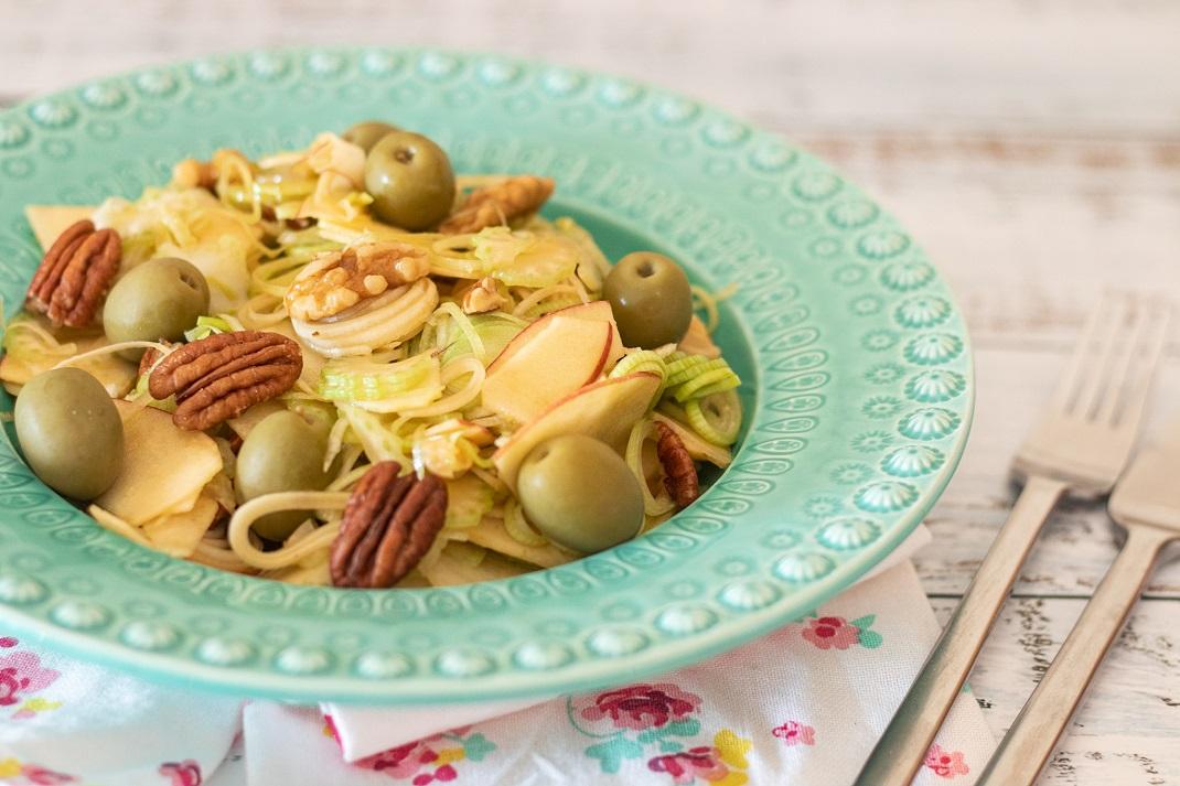 Receita de Salada de Aipo e Alho-Francês