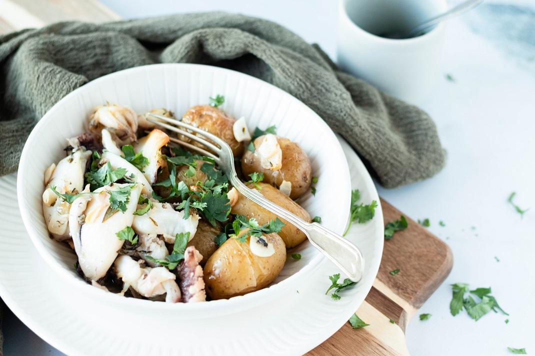 Chocos à Lagareiro com batatas a murro