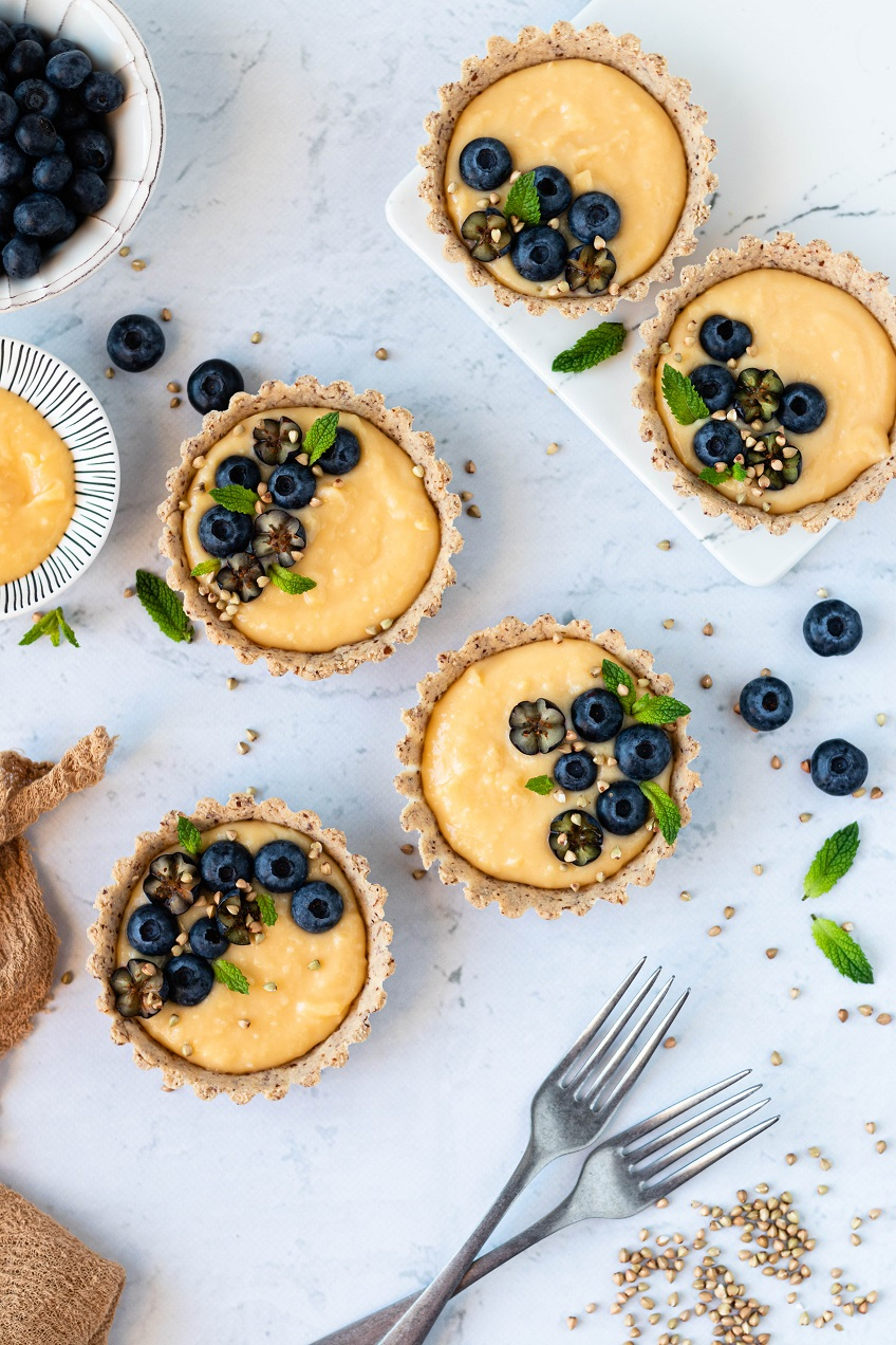 Mini Tartes Paleo de Lemon Curd e Mirtilos