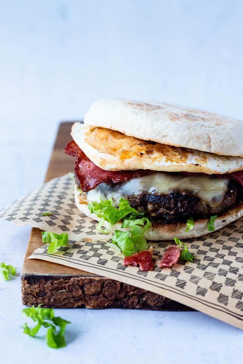 Hambúrguer em Bolo do Caco